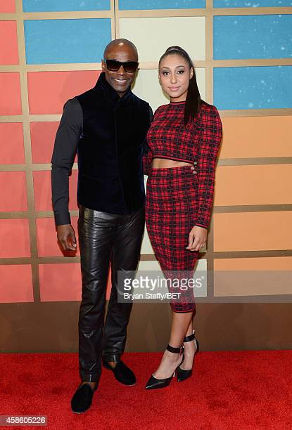 Singer Kem and guest attend the 2014 Soul Train Music Awards at the Orleans Arena on November 7 2014 in Las Vegas Nevada