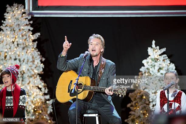 Singer Kenny Loggins performs at The Hollywood Christmas Parade on December 1, 2013 in Hollywood, California.