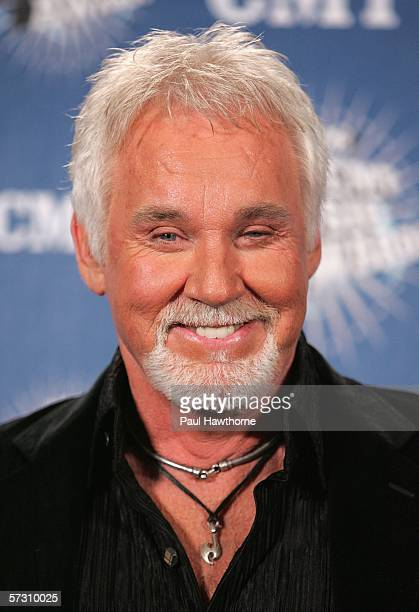 Singer Kenny Rogers poses in the press room at the 2006 CMT Music Awards at the Curb Event Center at Belmont University April 10 2006 in Nashville...