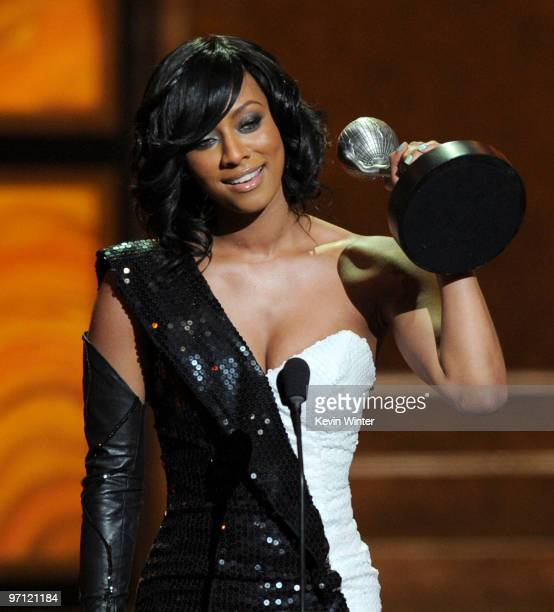 Singer Keri Hilson accepts the Outstanding New Artist award onstage during the 41st NAACP Image awards held at The Shrine Auditorium on February 26...