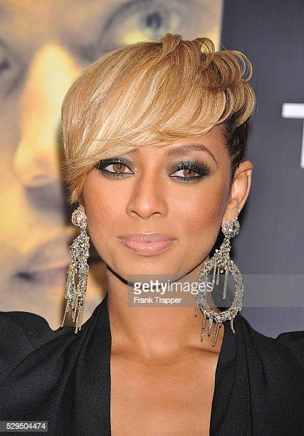 Singer Keri Hilson arrives at Screen Gems' Takers World Premiere held at the Arclight Cinema Cinerama Dome in Hollywood