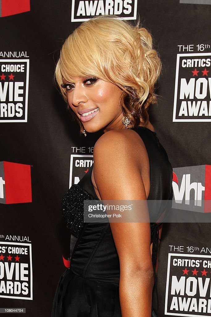 Singer Keri Hilson arrives at the 16th annual Critics' Choice Movie Awards at the Hollywood Palladium on January 14, 2011 in Los Angeles, California.