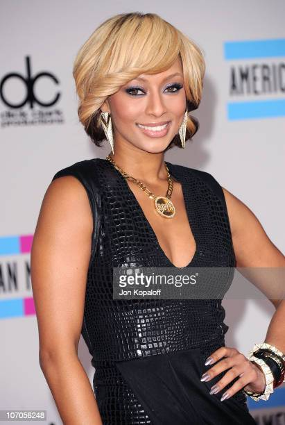 Singer Keri Hilson arrives at the 2010 American Music Awards held at Nokia Theatre L.A. Live on November 21, 2010 in Los Angeles, California.