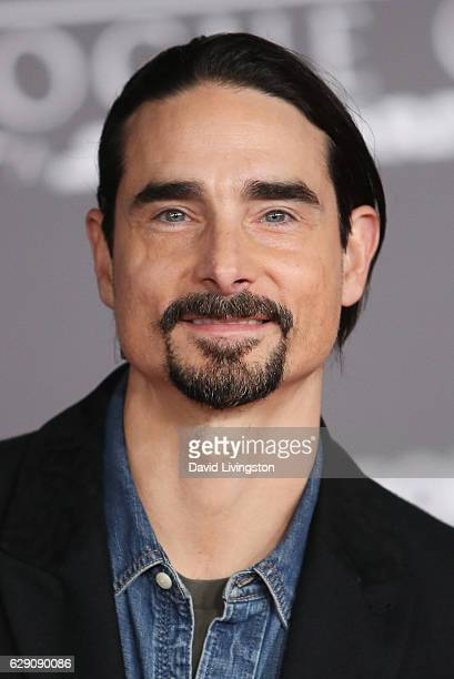 Singer Kevin Richardson arrives at the premiere of Walt Disney Pictures and Lucasfilm's Rogue One A Star Wars Story at the Pantages Theatre on...