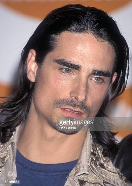 Singer Kevin Richardson of the Backstreet Boys attends the 14th Annual Nickelodeon's Kids' Choice Awards on April 21 2001 at the Barker Hangar Santa...