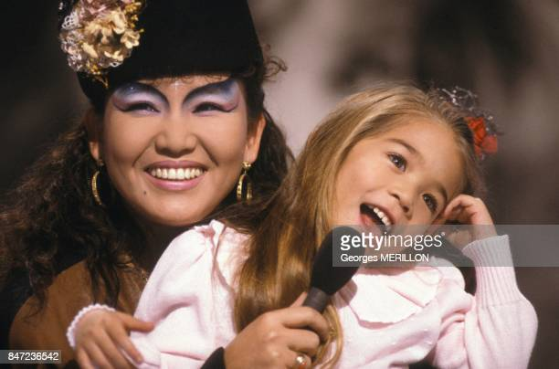 Singer Kimera and daughter Melodie on set of French TV programme A La Folie Pas Du Tout after the abduction of the girl in Spain on November 29, 1987...