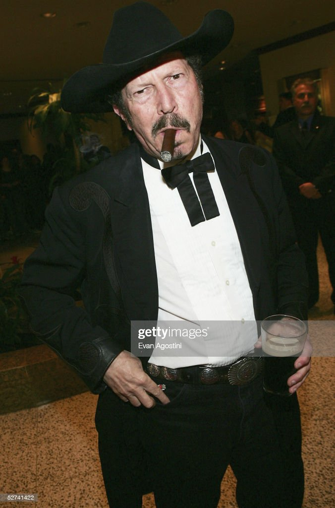 Singer Kinky Friedman attends the White House Correspondents' Dinner at the Washington Hilton Hotel on April 30, 2005 in Washington DC.