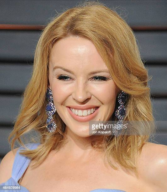 Singer Kylie Minogue arrives at the 2015 Vanity Fair Oscar Party Hosted By Graydon Carter at Wallis Annenberg Center for the Performing Arts on...