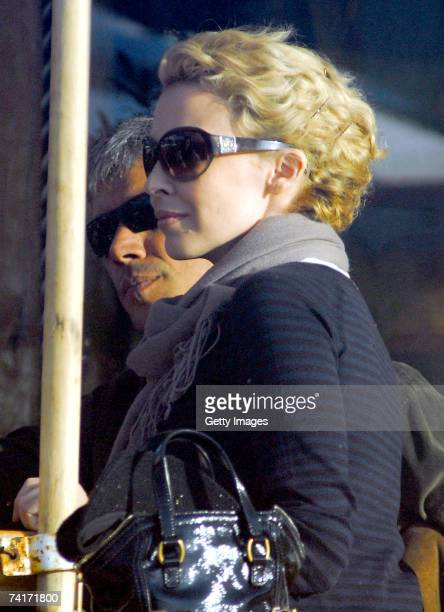Singer Kylie Minogue dines with film director Alexander Dahm during her holiday in Chile in the town of Papudo about 190km north of Santiago on May 7...