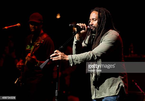 Singer KyMani Marley performs with The Wailers during The Wailers 30th Anniversary Performance at The Apollo Theater on November 29 2014 in New York...