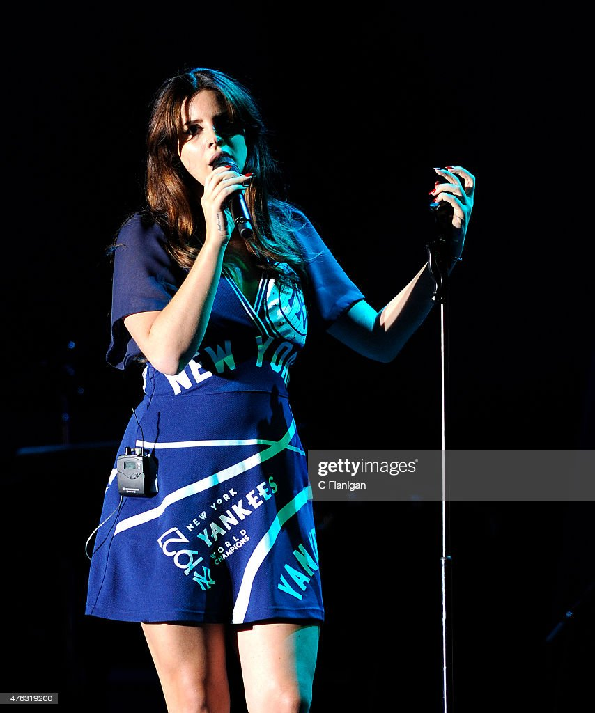 Singer Lana Del Rey performs during the 2015 Governors Ball Music Festival at Randall's Island on June 7, 2015 in New York City.