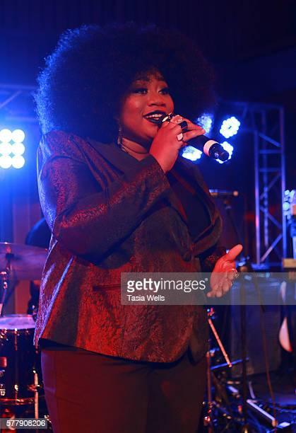 Singer La'Porsha Renae performs onstage at La'Porsha Renae Motown Records Showcase at Capitol Records Building on July 19, 2016 in Los Angeles,...