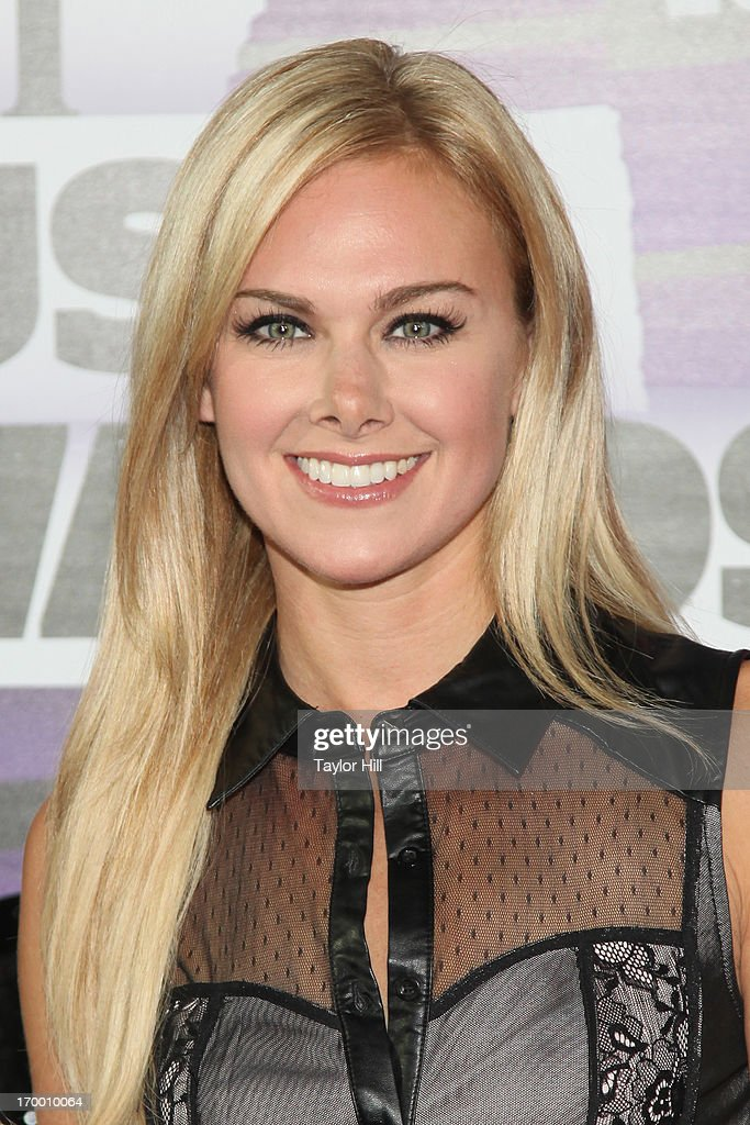 Singer Laura Bell Bundy attends the 2013 CMT Music awards at the Bridgestone Arena on June 5, 2013 in Nashville, Tennessee.
