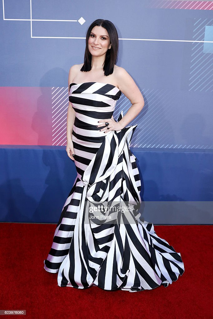 The 17th Annual Latin Grammy Awards - Red Carpet