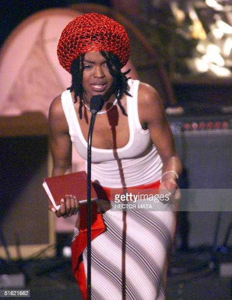 Singer Lauryn Hill delivers a speech as she receives her award for the Best New Artist at the 41st Grammy Awards at the Shrine Auditorium in Los...