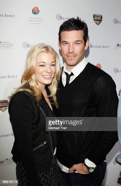 Singer LeAnn Rimes and actor Eddie Cibrian arrive to the 2010 Official BCS National Championship Party held at Pasadena Convention Center on January...