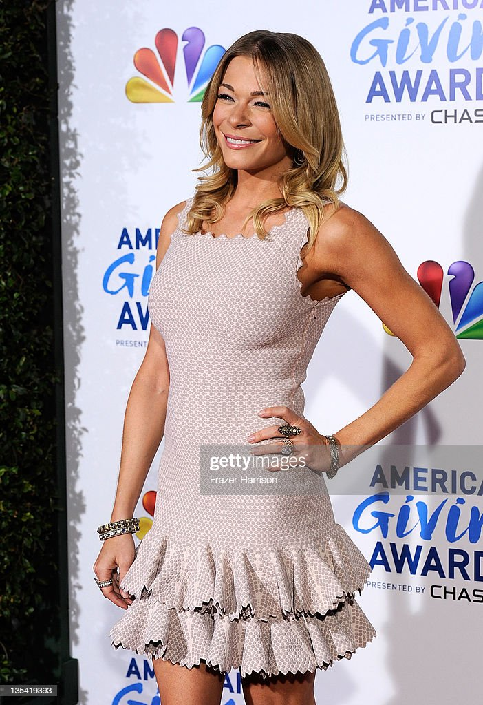 American Giving Awards Presented By Chase - Arrivals : News Photo