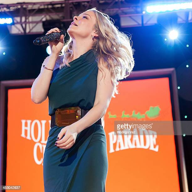 Singer Leann Rimes performs at The Hollywood Christmas Parade benefitting Toys For Tots Foundation Show on December 1, 2013 in Hollywood, California.