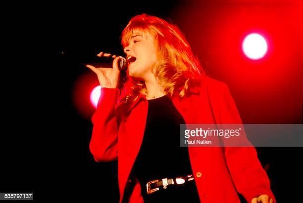 Singer Lee Ann Rimes at the Rosemont Horizon Rosemont Illinois October 27 1996