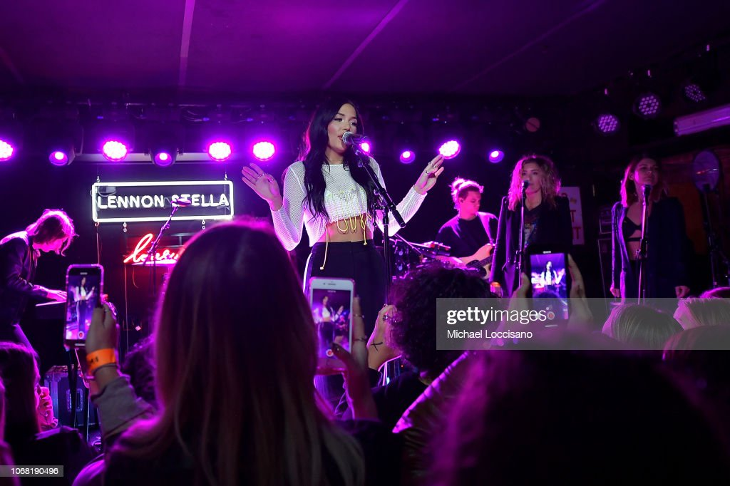 Lennon Stella In Concert - New York, New York : News Photo