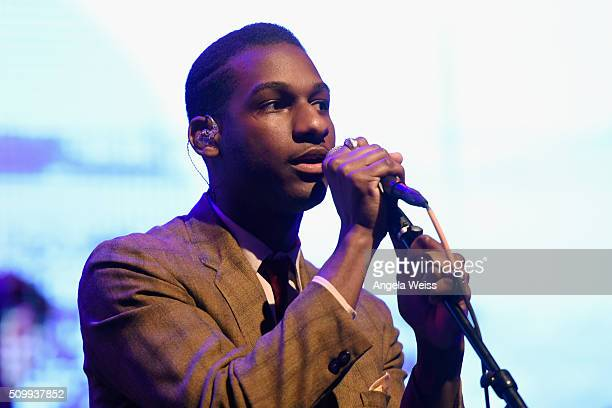 """Singer Leon Bridges performs at Delta Air Lines Toasts GRAMMY Weekend with """"Sites and Sounds,"""" A Private Performance and Interactive Evening with..."""