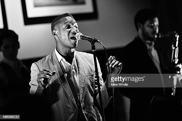 Singer Leon Bridges performs onstage during the GRAMMY Foundation and MusiCares house concert on November 8, 2015 in Venice, California.