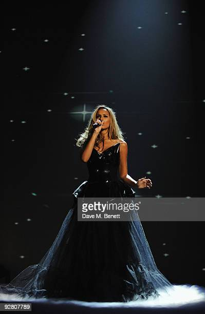 Singer Leona Lewis performs during the 2009 MTV Europe Music Awards held at the O2 Arena on November 5 2009 in Berlin Germany
