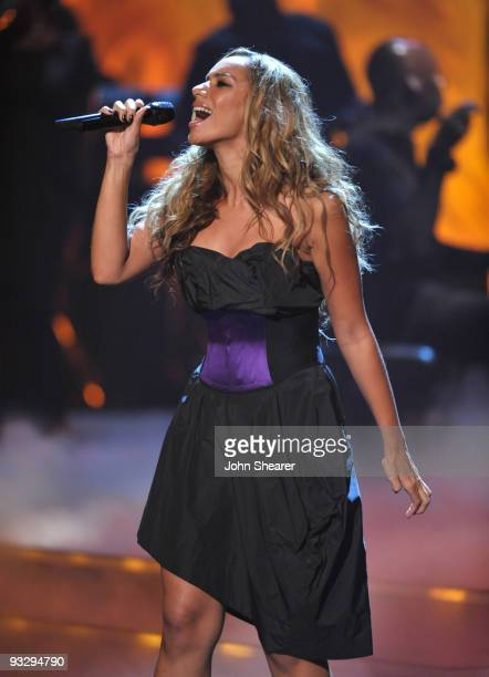 Singer Leona Lewis performs onstage at the 2009 CNN Heroes Awards held at The Kodak Theatre on November 21, 2009 in Hollywood, California....
