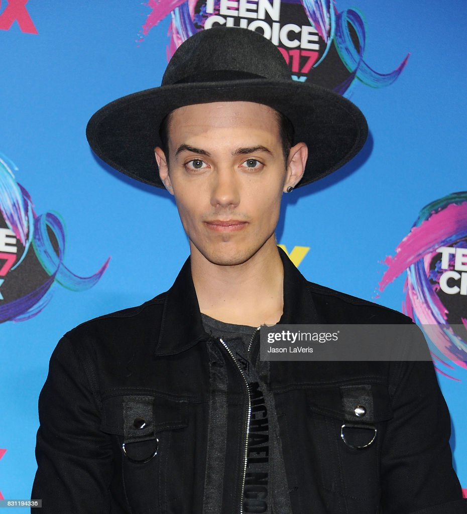 Singer Leroy Sanchez poses in the press room at the 2017 Teen Choice Awards at Galen Center on August 13, 2017 in Los Angeles, California.