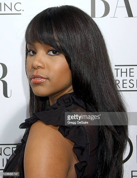 Singer LeToya Luckett arrives at A Night Of Hope presented by L'Oreal Paris in celebration with Harper's Bazaar to benefit The Ovarian Cancer...