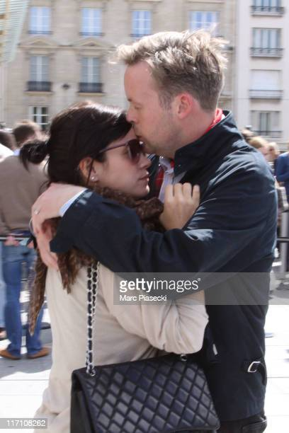 Singer Lily Allen and her husband Sam Cooper arrive at the 'Musee d'Orsay' to visit the 'MANET' exhibition during their honeymoon in Paris on June 22...