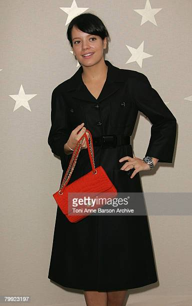 Singer Lily Allen arrives at the Chanel PFW Spring Summer 2008 show at Paris Fashion Week 2007 on October 4, 2007 in Paris, France.