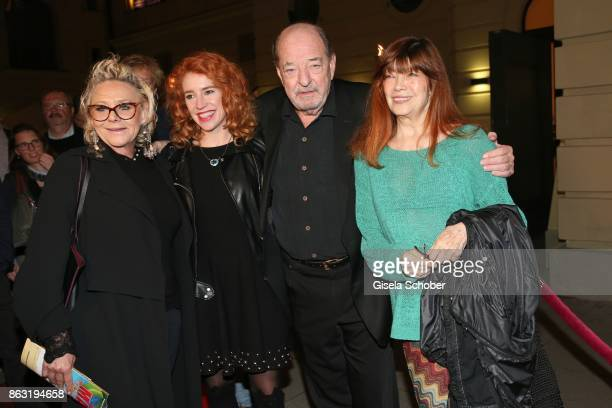 Singer Linda G Thompson Laura Kaefer Ralph Siegel Katja Ebstein during the musical premiere of 'Santa Maria' at Deutsches Theater on October 19 2017...