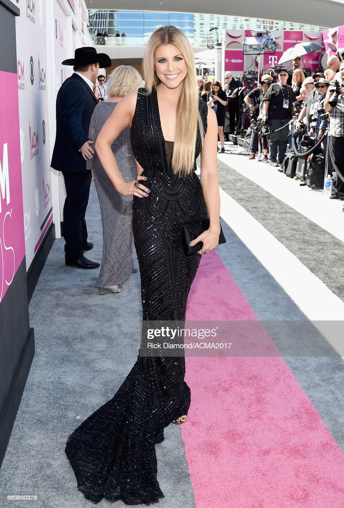 52nd Academy Of Country Music Awards - Red Carpet : News Photo