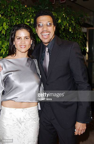 Singer Lionel Richie and wife Diana attend the Friars Club Lifetime Achievement Award Gala honoring Earvin Magic Johnson at the Friar's Club of...