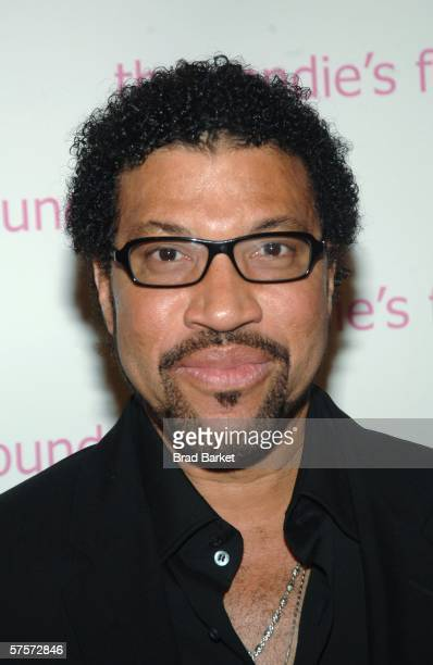 Singer Lionel Richie arrives at Candie's Foundation 3rd annual Event to Prevent benefit at Gotham Hall May 9 2006 in New York City