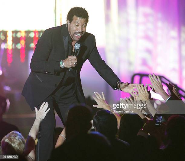 Singer Lionel Richie performs at the 14th annual Andre Agassi Charitable Foundation's Grand Slam for Children benefit concert at the Wynn Las Vegas...