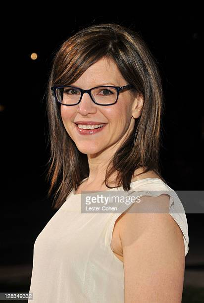 Singer Lisa Loeb arrives at HBO's Enlightened Los Angeles premiere at Paramount Theater on the Paramount Studios lot on October 6 2011 in Hollywood...