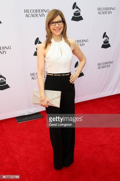 Singer Lisa Loeb attends the GRAMMY nominee reception honoring 60th Annual GRAMMY Awards nominees at Fig Olive on January 20 2018 in West Hollywood...