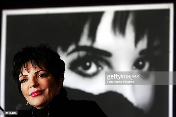 Singer Liza Minnelli attends a press conference ahead of her tour 'Liza's at the Palace' at the Sydney Opera House on October 13, 2009 in Sydney,...