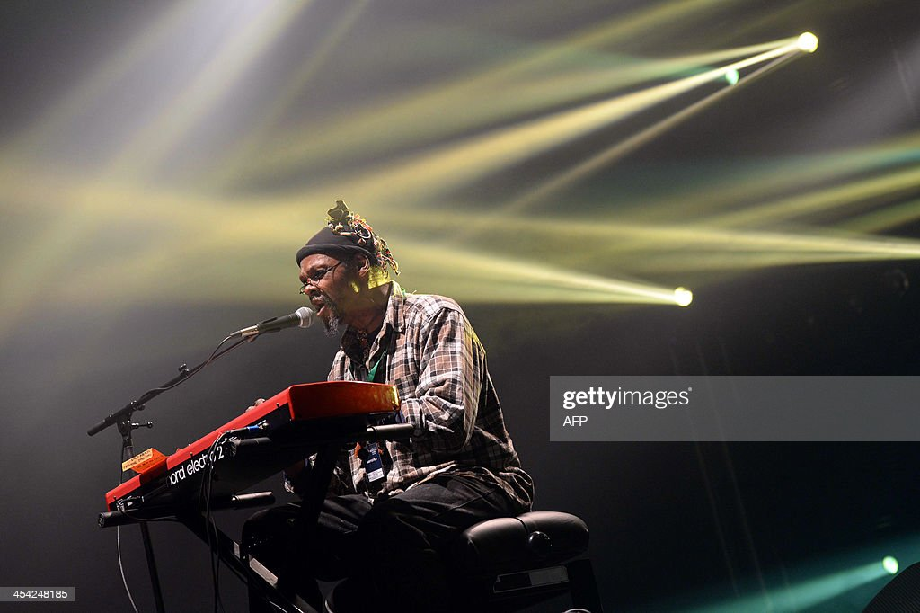 US singer Lonnie Holley performs on stage during the 35th Transmusicales music festival on December 8, 2013 in Rennes, western France.
