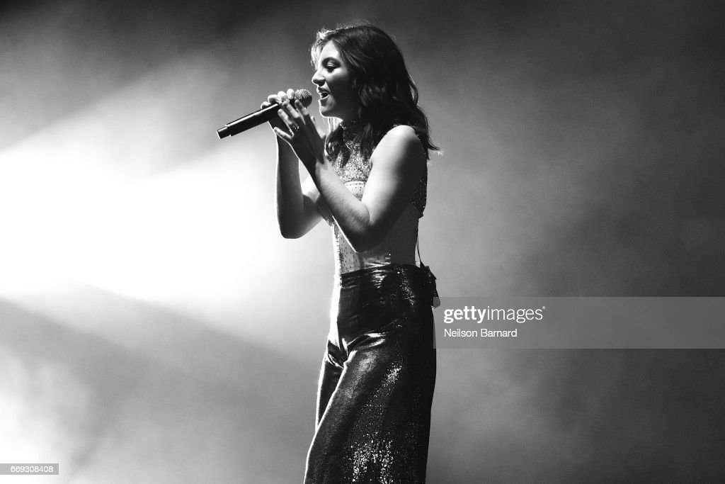 Singer Lorde performs on the Coachella Stage during day 3 of the Coachella Valley Music And Arts Festival (Weekend 1) at the Empire Polo Club on April 16, 2017 in Indio, California.