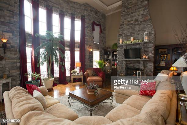 Singer Lorrie Morgan's home is photographed for Closer Weekly Magazine on January 20 2016 in Tennessee Living room