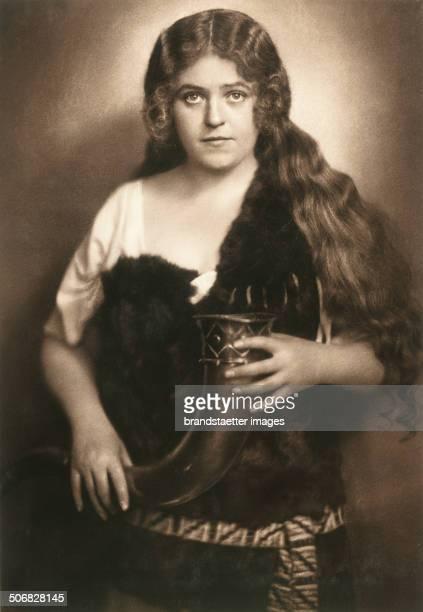 Singer Lotte Lehmann as Sieglinde in the opera >Die Walküre < by Richard Wagner 1924 Photograph by Franz Xaver Setzer