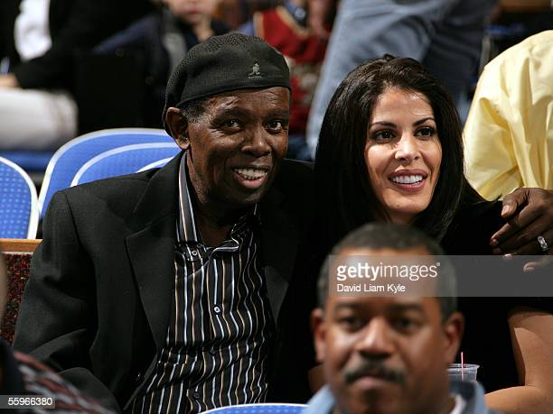 Singer Lou Rawls and wife Nina Malek Inman enjoy a preseason game between the Cleveland Cavaliers and the Memphis Grizzlies at Quicken Loans Arena on...