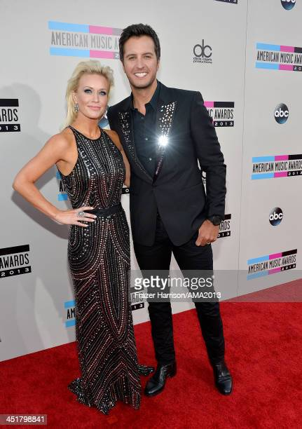 Singer Luke Bryan and wife Caroline Bryan attends 2013 American Music Awards at Nokia Theatre LA Live on November 24 2013 in Los Angeles California