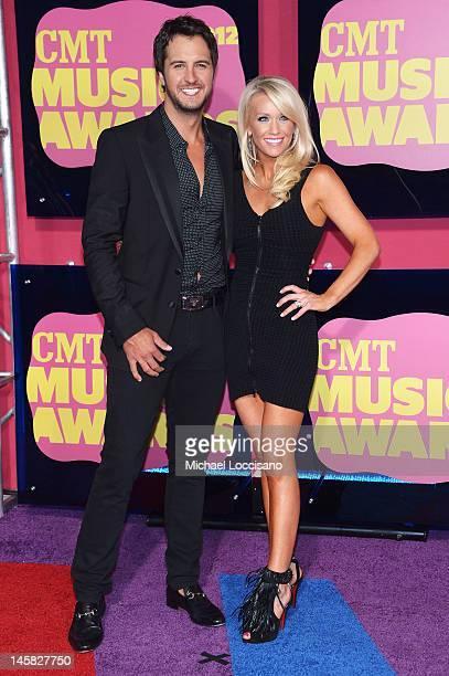 Singer Luke Bryan arrives at the 2012 CMT Music awards at the Bridgestone Arena on June 6 2012 in Nashville Tennessee