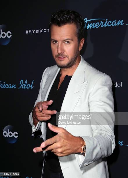 Singer Luke Bryan poses at ABC's 'American Idol' on May 20 2018 in Los Angeles California