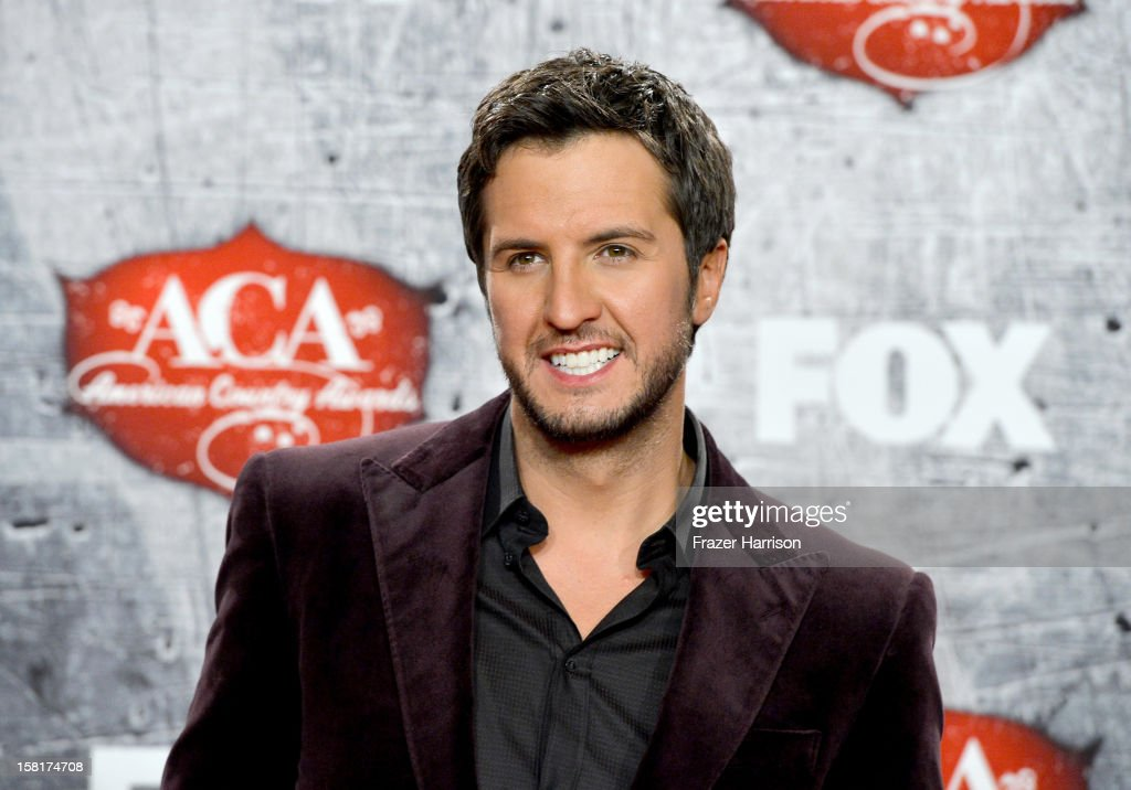 Singer Luke Bryan poses in the press room after winning multiple awards during the 2012 American Country Awards at the Mandalay Bay Events Center on December 10, 2012 in Las Vegas, Nevada.