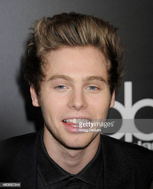 Singer Luke Hemmings of 5 Seconds of Summer arrives at The PEOPLE Magazine Awards at The Beverly Hilton Hotel on December 18 2014 in Beverly Hills...
